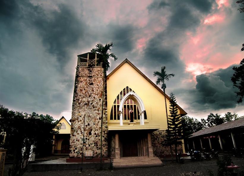 Gereja Santa Theresia Kefamenanu